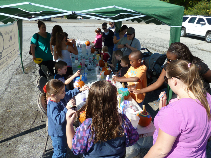 Pumpkin Painting and Food Drive